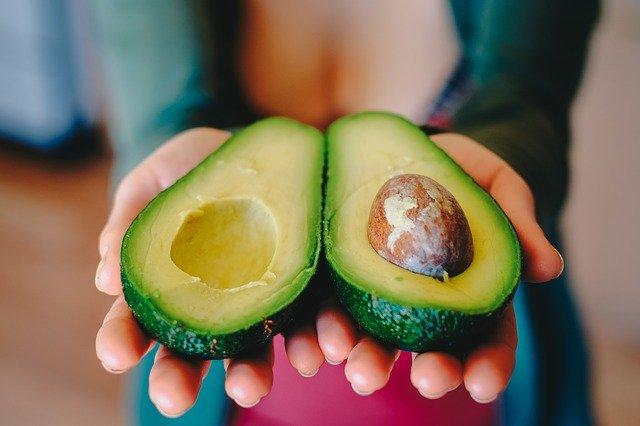【アラフォーダイエット】で取り入れて欲しい、アボカド 栄養と効果・選び方